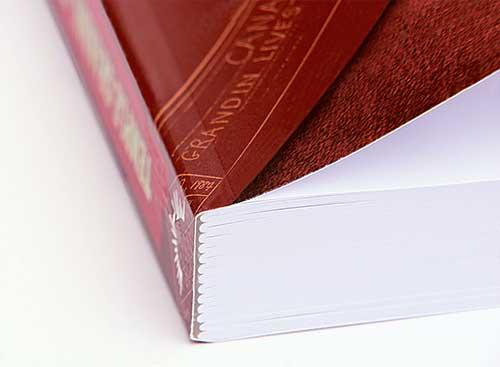 Lepená a šitá vazba V4, měkké desky